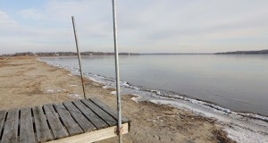 White Bear Lake advocates want to raise water levels by pumping water from the Mississippi River into a chain of lakes that connects to White Bear Lake. But critics of the proposal say it wouldn't solve the underlying problem of the stressed Prairie du Chien-Jordan aquifer. (File photo: Bill Klotz)