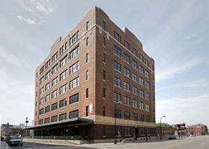 United Properties' renovation of the Loose-Wiles Building at 701 Washington Ave. N. in the North Loop neighborhood won a NAIOP award for renovations larger than 100,000 square feet. (File photo: Bill Klotz)