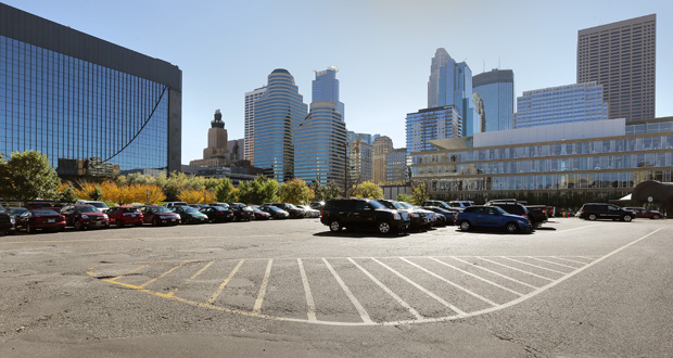Minneapolis is looking for a developer to transform a block dominated by this parking lot at 30 Third St. S. into a mixed-use development at least 20 stories tall. (Staff photo: Bill Klotz)