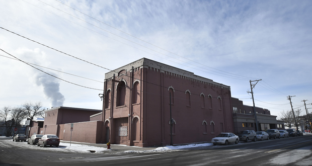 A local developer has acquired the former Kraus-Anderson Construction division headquarters on the southwest quadrant of Leech Street and Grand Avenue in St. Paul. Ideas to repurpose the site should come soon. (Photo: Craig Lassig)