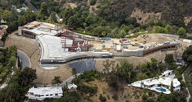 Bel Air, California is home to many trophy mansions under construction, including this home shown under being built May 18. Nile Niami, a film producer and speculative residential developer, hopes to sell the mansion for a record $500 million. (Bloomberg file photo)