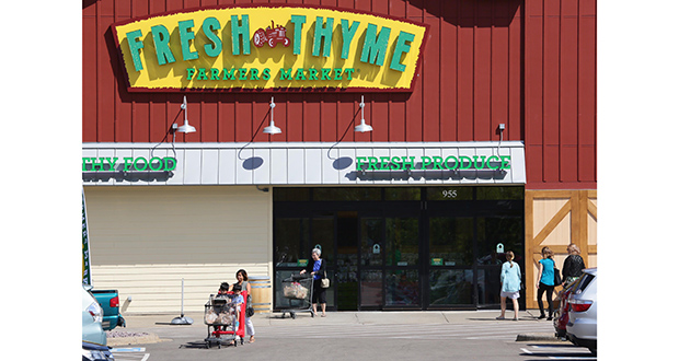 Fresh Thyme Farmers Market opened Aug. 3 at Vadnais Square, two days after the shopping center at 905-955 County Road E sold for $20.6 million. The retail space was formerly leased to Festival Foods, which closed its doors at Vadnais Square in 2015. (Staff photo: Bill Klotz)