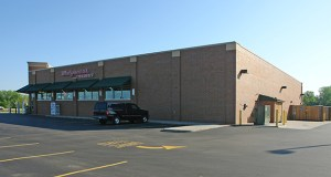 The St. Paul owner of this Walgreens store at 17830 Kenwood Trail in Lakeville has sold it to a California investor for $5.19 million. (Submitted photo: CoStar)