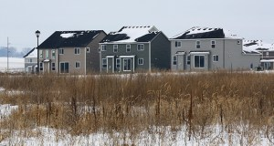 The proposed Avonlea Village Green apartments would rise on a 5.6-acre site along the northeast quadrant of Cedar Avenue and 181st Street in Lakeville. The site is on the northern edge of Mattamy Homes' Avonlea single-family development. (Staff photo: Bill Klotz)