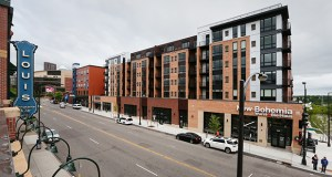 The 191-unit Oxbō Apartments at 202 W. Seventh St. in St. Paul opened on March 1 on the former site of Seven Corners Hardware. (Staff photo: Bill Klotz)
