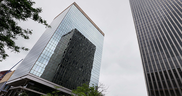 The 16-story Ecolab University Center building, at 386 Wabasha St. N. in downtown St. Paul, is still leased to Ecolab, which is in the process of moving workers out of three buildings to its new corporate headquarters. (Staff photo: Bill Klotz)