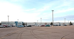This 1.2 million-square-foot distribution center at 6250 Ridgewood Road in St. Cloud, leased by Bluestem Brands Inc. for Fingerhut, is part of a $100 million portfolio sale between Wildamere and a pair of buyers from the Chicago area and Connecticut. (Submitted photo: CoStar)