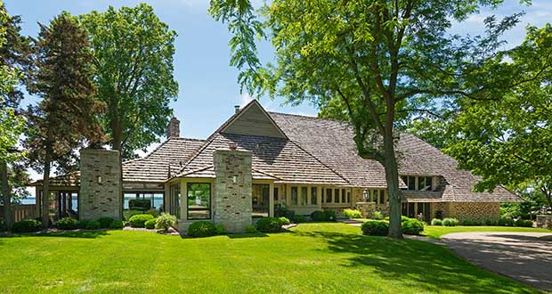 This 1975 rambler at 578 Harrington Road in Wayzata was priced in 2018 at $11 million. An April sale is pending for $7.3 million. The 1975 house could be renovated or it could join the list of pricy teardowns around Lake Minnetonka. (Submitted photo: Spacecrafting)