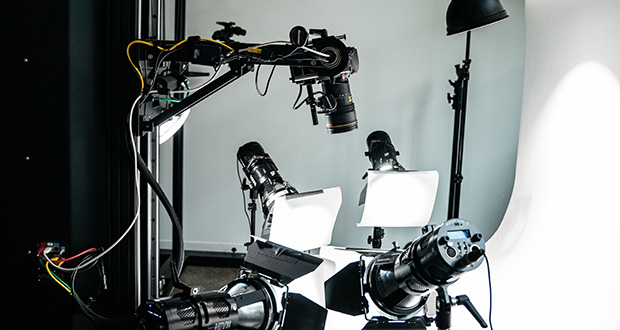This July 10 photo shows a camera and lighting equipment set up at Sqaure Ecom's photo studio in Brooklyn in New York. (Bloomberg photo: Jeenah Moon)