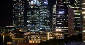 RedDoorz helps customers get a good night's sleep in 1,400 hotels across 80 cities in Indonesia, Singapore, Philippines and Vietnam. This June 13, 2018, photo shows Singapore's central business district. (Bloomberg file photo)