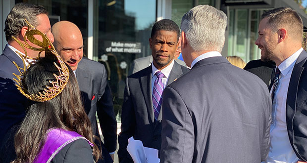 St. Paul Mayor Melvin Carter, center, speaks with local leaders and bank officials Thursday at the official ribbon-cutting of the city's first Chase branch, one of three the bank is opening in Minnesota this year. (Submitted photo: Chase)