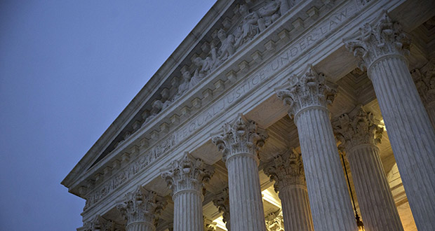 Supreme Court justices turned down an appeal by the University of Minnesota that argued it has state sovereign immunity from reviews by the Patent Trial and Appeal Board. This April 7, 2017 photo shows the U.S. Supreme Court building in Washington. (Bloomberg file photo)
