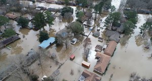 """This Feb. 17 aerial photo shows flooding in Jackson, Mississippi. Before the flooding, the waters in the Ross R. Barnett Reservoir north of town were far below their peak capacity, resulting in room """"store"""" tens of thousands of cubic meters of water and reduce the impact of the flood. (Photo: Barbara Gauntt/The Clarion-Ledger via AP)"""