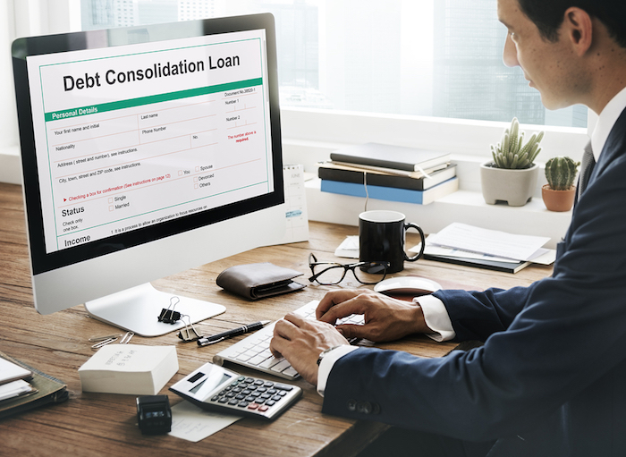 Pros and Cons of Consolidating Debts with a Personal Loan