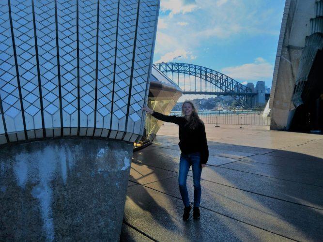 Sydney opera house harbour bridge