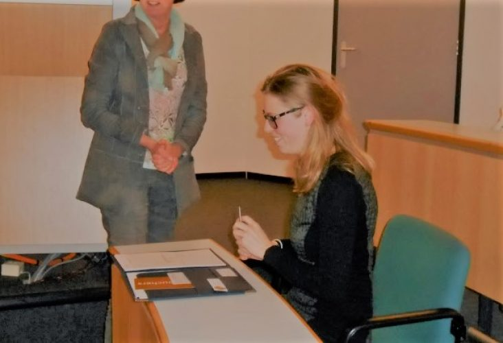 afstuderen diploma tekenen