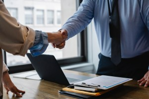 the-pros-and-cons-of-buying-a-business