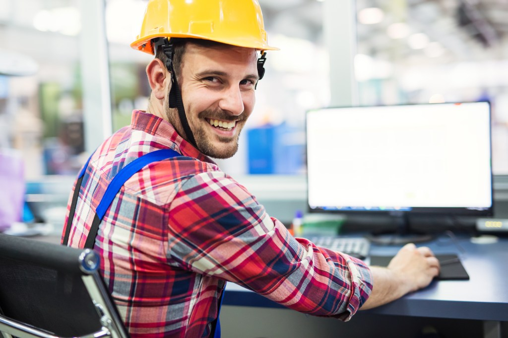 starting a manufacturing business
