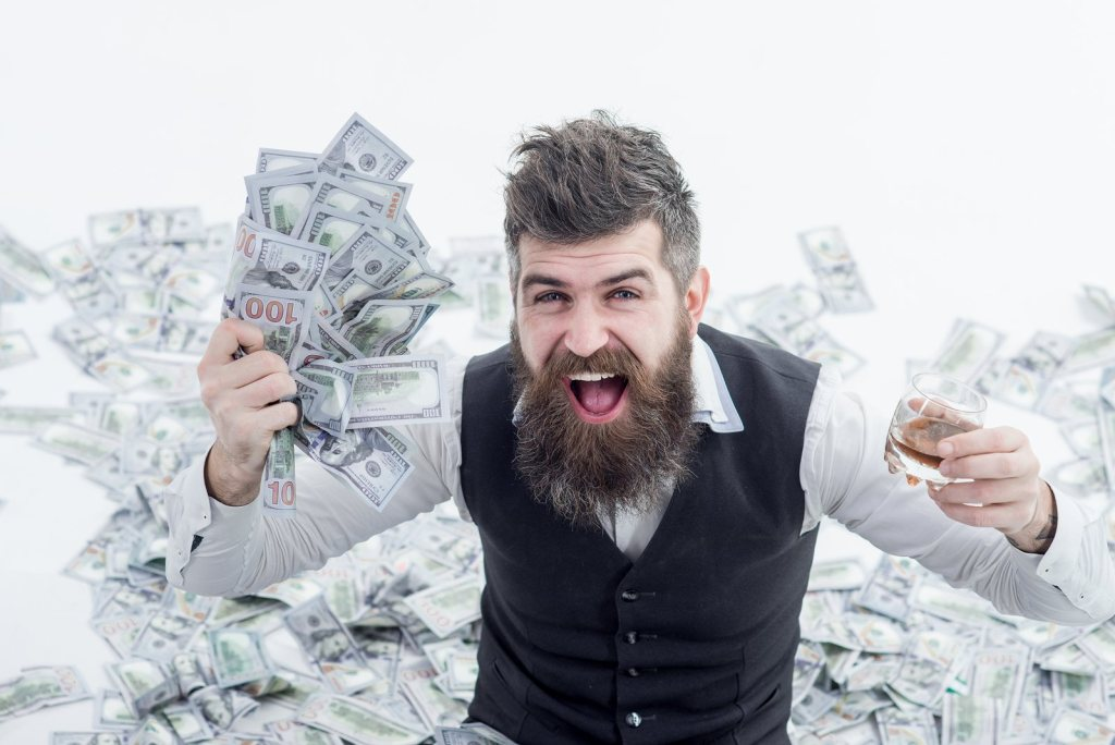 Saving Money: How To Free Up Some Spare Cash Each Month