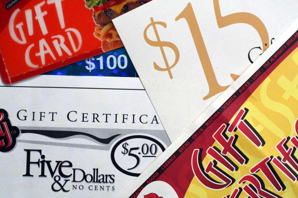 5 Gift Card Scams You Can Easily Spot and Avoid