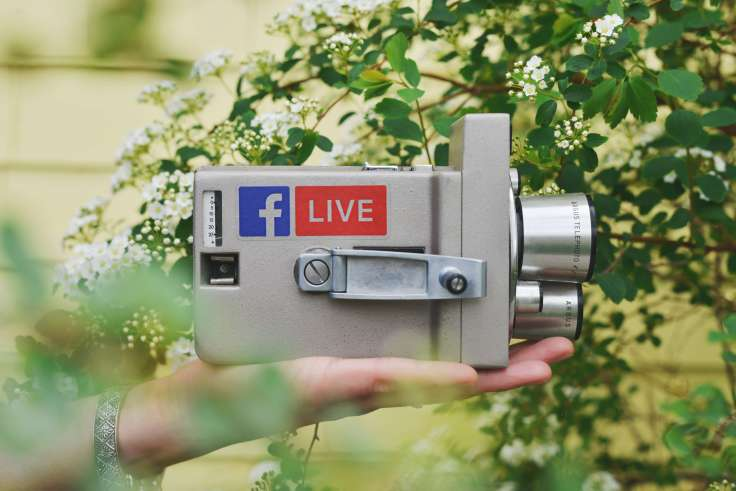 Financial Glass - Facebook Live Camera
