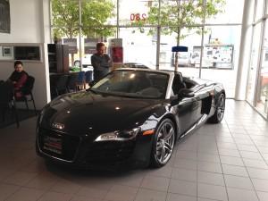 Black Audi R8 V8