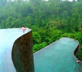 Retirement Life Infinity Pool, Bali Indonesia