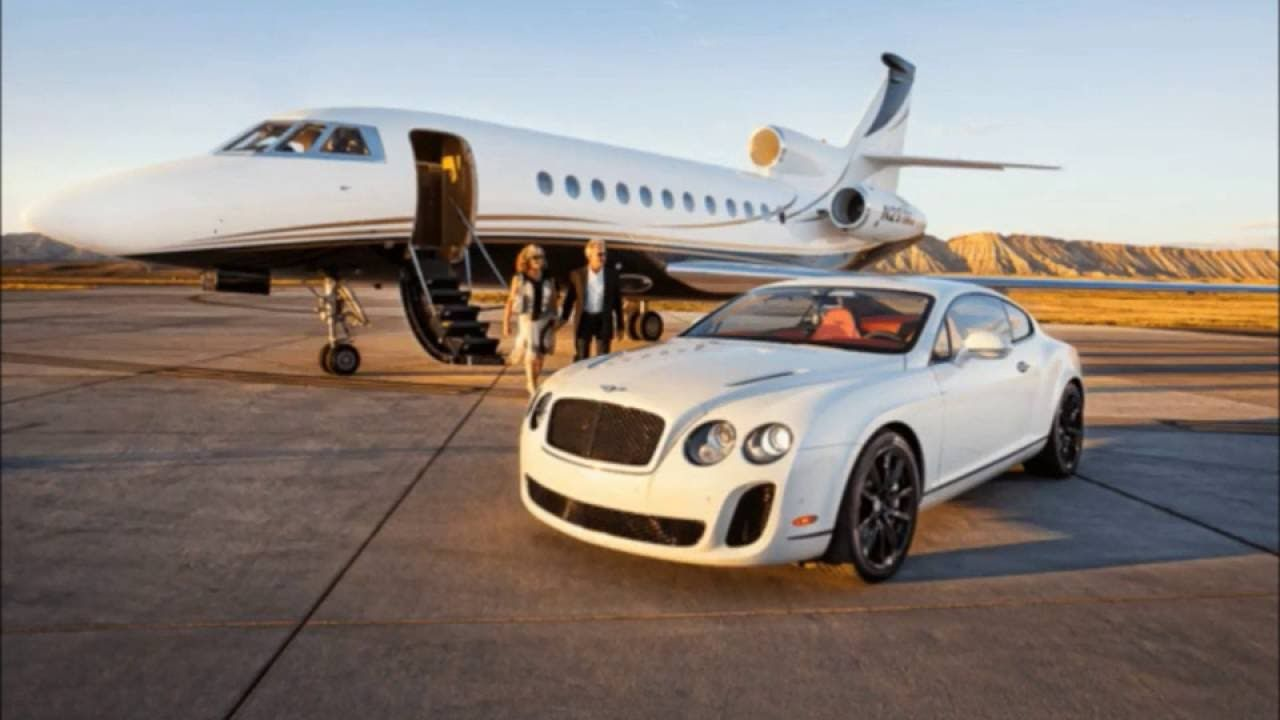 Do Rich People Try Harder? It Seems That Way