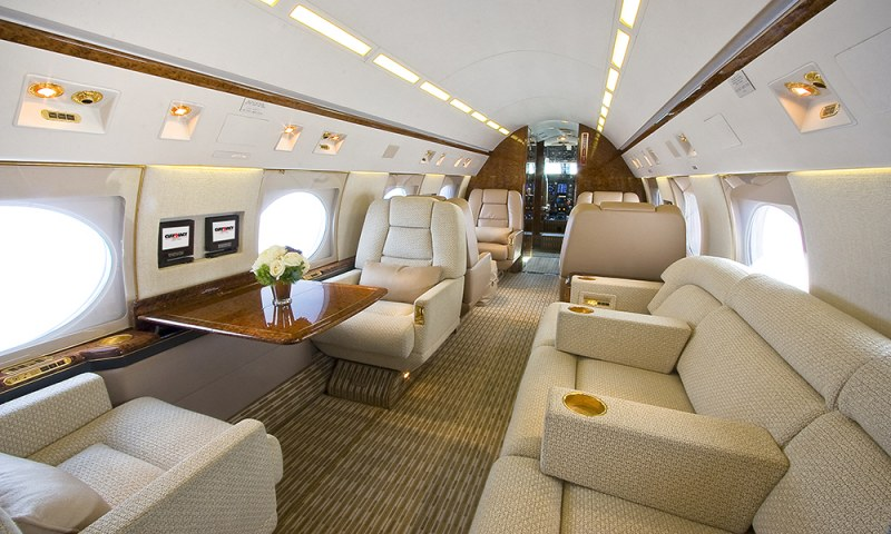 Flying private in a Gulfstream 4