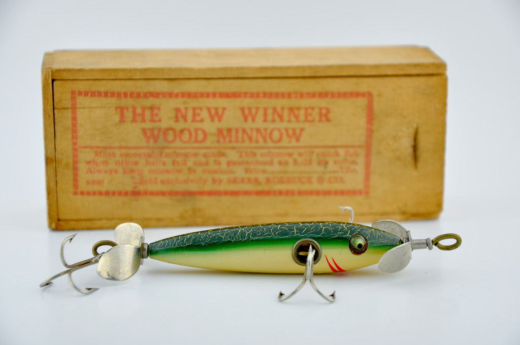 New Winner Wood Minnow