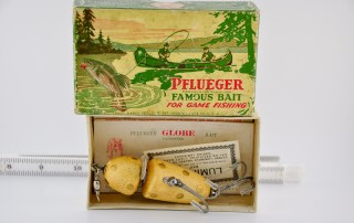 Pflueger Globe Lure