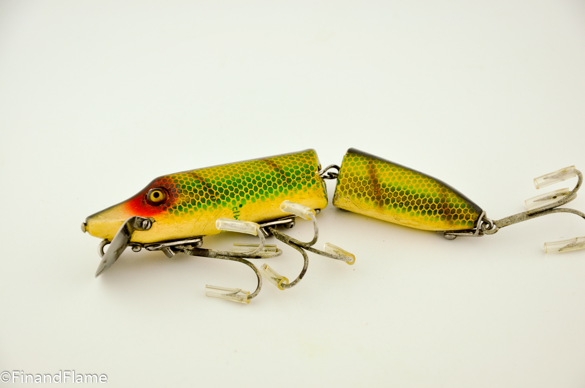 Heddon jointed vamp antique lure fin and flame fishing for Collectible fishing lures