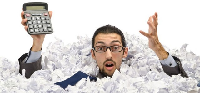 czlowiek w papierach