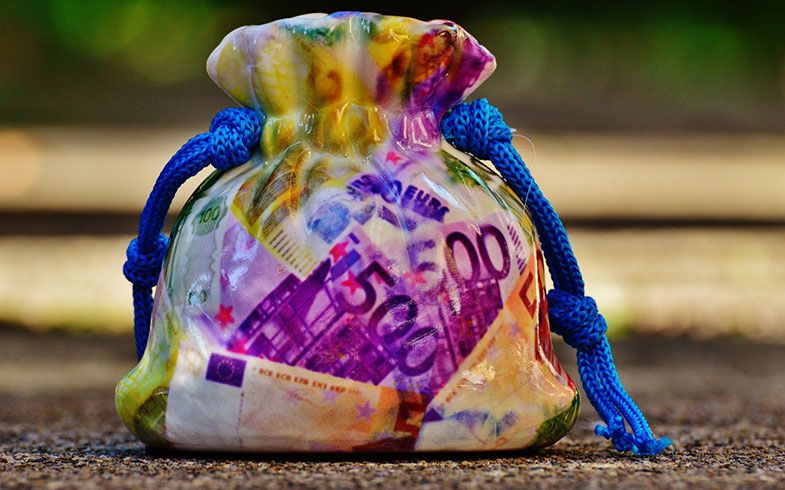 Geld lukrativ anlegen