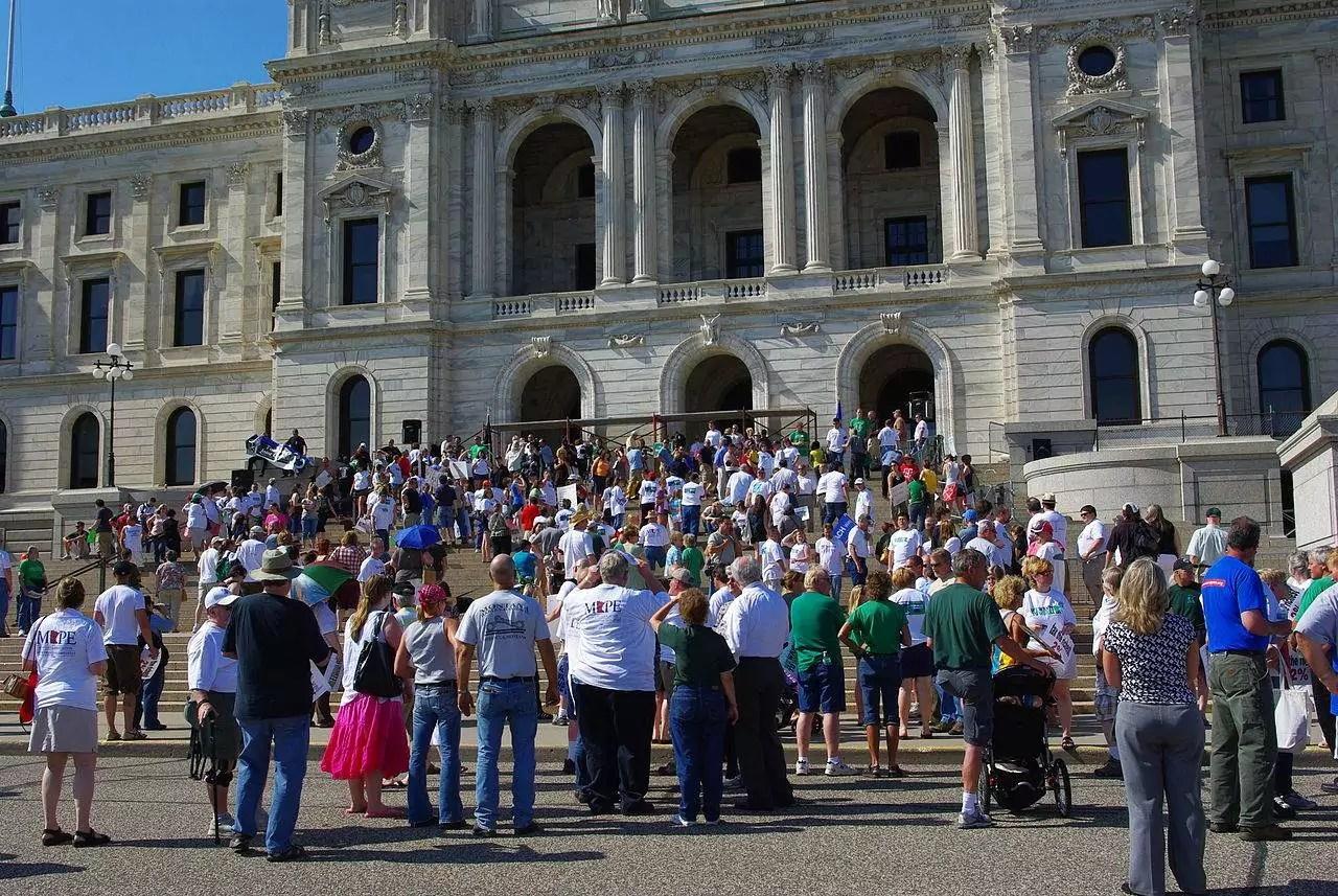 Minnesota Staatsangestellte demonstrieren