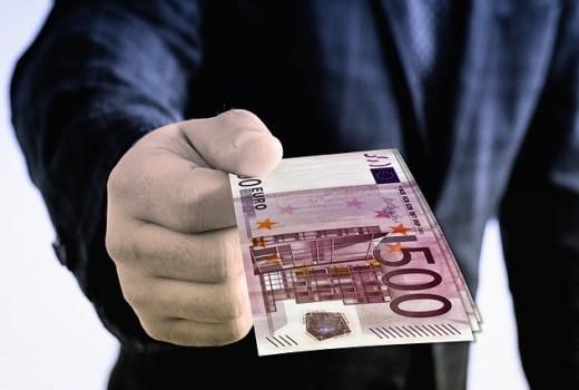 Dispo-Kredit hier ablösen und die Kreditchance erhöhen!