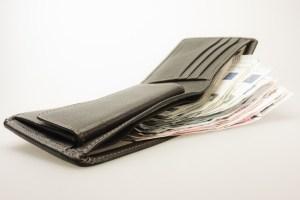 hier Cash-Kredit anfordern.