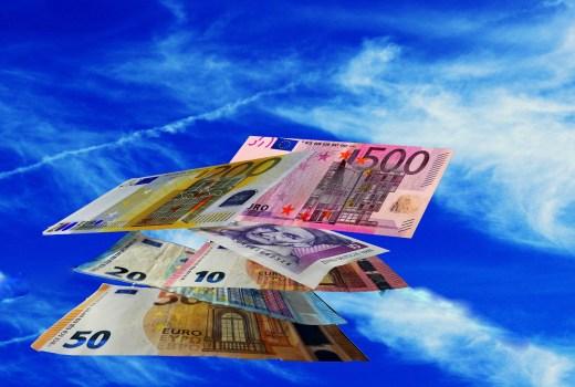 Schnelle Kreditauswahl und Abwicklung. Finanzierungen und Corona Kredithilfe und Blitzkredit für einen finanziellen Engpass. Schnelle Kredit Abwicklung.