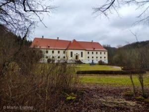 Schloss Ehrenfels am Eingang zum Glastal