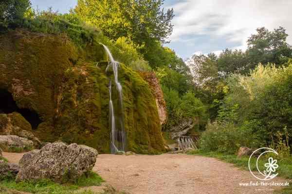 Der Dreimühlenwasserfall im Panorama