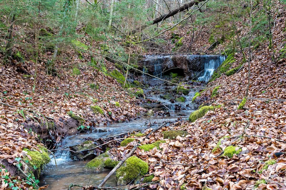 Immer wieder kleine Wasserfälle