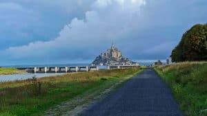Der Weg zum Mont Saint Michel