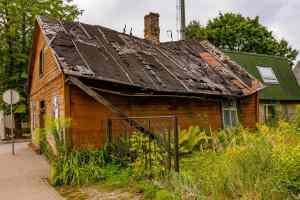 verfallene Häuser in Jaulngelgava