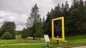 der gelbe Rahmen des National Geographic