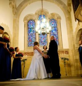 JP Laura Minor performs a wedding at the beautiful Barnes Chapel in Bristol.
