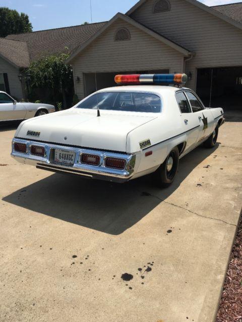 Plymouth Satellite Sedan 1974 White For Sale