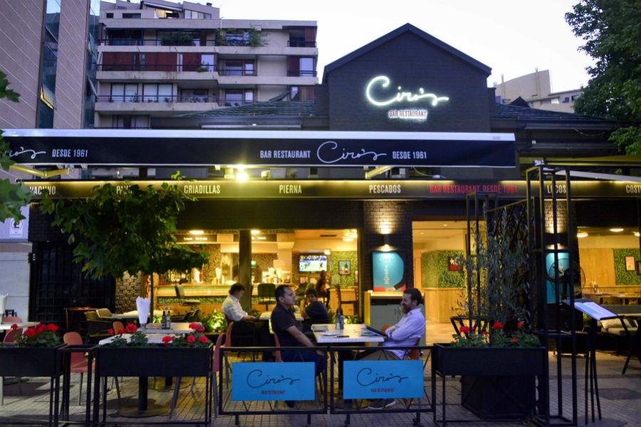 Ambiente do Restaurante Ciro's Bar