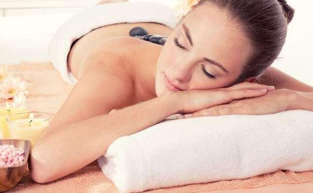 Hotstone massage Image