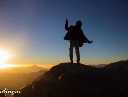 hiking mount sinai