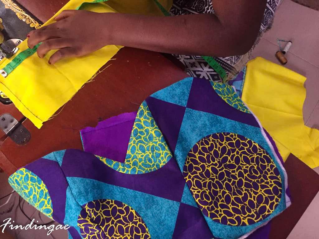 Making Yoruba traditional attire